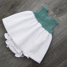 New crochet dress girl children kids clothes 36 ideas Crochet Dress Girl, Crochet Girls, Crochet For Kids, Crochet Baby, Knit Crochet, Little Girl Dresses, Girls Dresses, Tricot Baby, Iranian Women Fashion