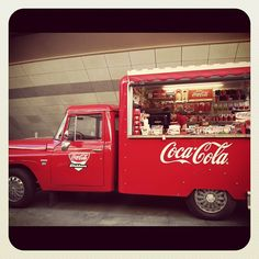 coke truck #cocacolahttps://www.facebook.com/pages/Coca-Cola-GREEN/391776144242711