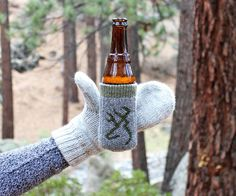 Keep that beer firmly in your mittened hand with this simple sewing project. Makes a great gift!