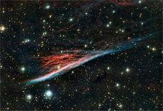 Nebulosa do Lápis parece uma vassoura de bruxa celeste