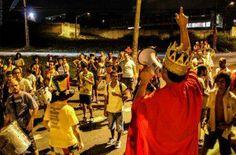 Bloco do Jatobá desfila no pré-Carnaval em Itaquera