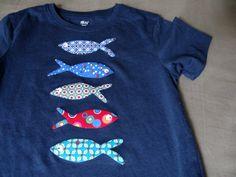 poissons appliqué Sweatshirts, Sweaters, Fashion, Pisces, Moda, Hoodies, Fashion Styles, Sweater, Trainers