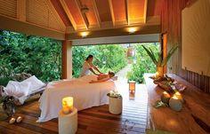Madame Zabre Spa Retreat at Desroches Island is the most expensive villa in the Seychelles. Spa Design, Luxury Spa, Island Resort, Beautiful Hotels, Island Life, Resort Spa, Interior Inspiration, Villa, Patio