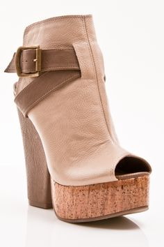 Gomax Limited Edition-02 Cork Heels in Nude - Beyond the Rack