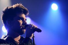 Gorgeous Adam Lambert at iHeartRadio Music Festival Las Vegas. Click to view full size image | Source: adam-pictures.com