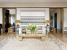 10 More Amazing Living Room Rugs In Architectural Digest | Modern Rugs. Contemporary Rugs. #modernrugs #contemporaryrugs #livingroom Read more: http://www.contemporaryrugs.eu/amazing-living-room-rugs-architectural-digest/