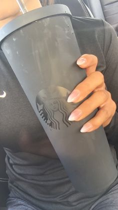 Ombré stilletos and matte Starbucks cup ❤️