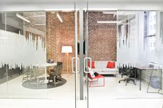 SoundCloud's New York Office by Blitz | Office facilities