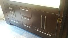 Cabinet with bottom drawer