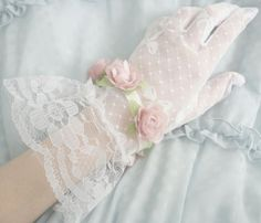 She's a Lady fashion vintage sweet lace white lady old fashion glove manners Princess Aesthetic, Pink Aesthetic, Top Mode, Estilo Lolita, Mode Glamour, She's A Lady, Lingerie Fine, Little Bo Peep, Wedding Gloves