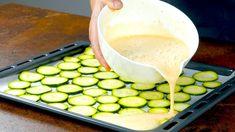 Dnes sme pre vás našli fantastický recept z cukety a jednoduchého cestíčka, ktorý sa rozhodne oplatí skúsiť. Na základ potrebujete len cuketu, vajcia a koreniny, náplň môžete meniť podľa vlastnej chuti, my sme tentokrát zvolili plnku z mletého mäsa podľa inšpirácie z youtube. Diet Recipes, Vegetarian Recipes, Cooking Recipes, Healthy Recipes, Zuchinni Recipes, Vegetable Recipes, Cheddar, Zucchini Rolls, Beef Roll