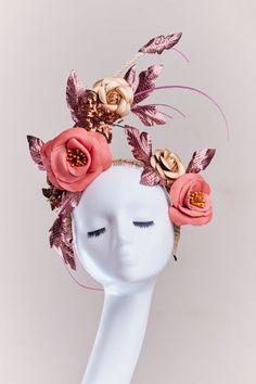 Leather - How To Make Hats Millinery Classes Floral Headdress, Fascinator Headband, Millinery Hats, Fancy Hats, Love Hat, Fairy Makeup, Mermaid Makeup, Makeup Art, Wedding Art