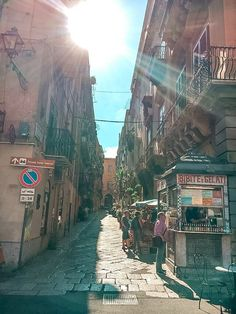 From the food to the weather, the people, the beaches, the architecture, the cost of living and safety - find out what living in Palermo is really like! Palermo Italy, Places In Italy, Sicilian Food, Mosques, Cannoli, Sardinia, Heritage Site, Sicily, Beautiful Beaches