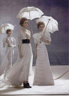 canadianvogue:    Vlada Roslyakova / Luciana Val & Franco Musso / Vogue Russia April 2006