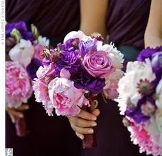 pretty boquets for my bridesmaids- like the assortment of flowers