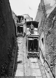 Bridgnorth, The Lift This remarkable funicular railway is the oldest and steepest inland electric cliff railway in the country. Old Pictures, Old Photos, River Severn, Ancient History, Local History, Pyramids Of Giza, Virtual Art, Wolverhampton, Round House