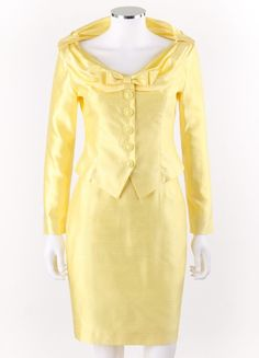 ESCADA Couture 2 Pc Yellow Silk Blazer Jacket Pencil Skirt Suit Set Size 34 NWT #ESCADA #SkirtSuit