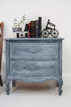 10 Best images about White Wax Furniture on Pinterest Miss ...