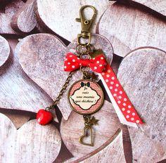 12212ce5a98b Porte clefs mamie bijou de sac cabochon breloque cœur breloque porte clés  fêtes des grands mères