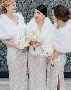 11 Winter Wonderland Wedding Ideas That Are Pure Magic wedding winter – Wedding İdeas Christmas Bridesmaid Dresses, Winter Wedding Bridesmaids, Wedding Bridesmaid Dresses, Bridal Dresses, Winter Weddings, Winter Wedding Coat, Winter Wedding Dresses, Dress Winter, Romantic Weddings