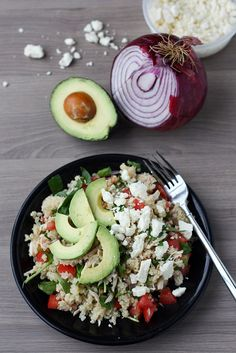 This Greek quinoa salad is so tasty! Fresh, fast and healthy.