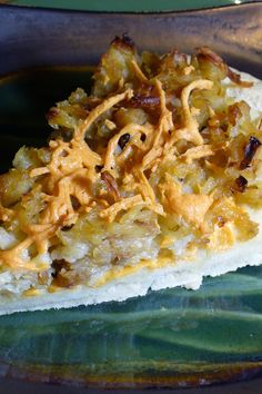 Breakfast Pizza Recipe - Sausage, Hashbrowns & Cheese on a Crescent Roll Crust