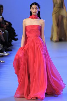 Elie Saab Spring 2014 Couture Collection Photos - Vogue
