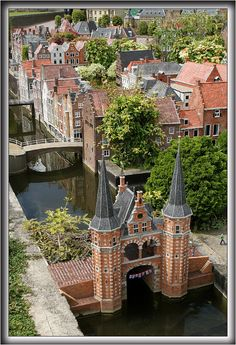 Madurodam, The Hague, Netherlands. Madurodam is a theme park with miniature versions of the architectural highlights of Holland. (2001)