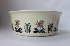 Scandinavian design pottery bowl, Norway Norwegian, serving tableware 1960s