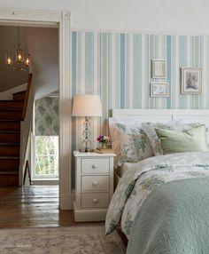 Todo lo que necesitas para hacer de tu casa el hogar que deseas. Decoración para tu estilo de vida. Papel pintado, tela, lámparas, ropa de cama, textil, baño, infantil, mobiliario,...