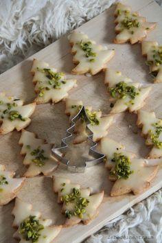 Marzipan-Tannenbäumchen-Kekse mit Pistazien