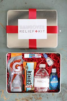 Hangover Kit for wedding guests.  Kit includes all the perfect accessories for your guests! on Etsy, $25.00