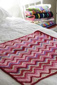 Look What I Made: Chevron Baby Blankets