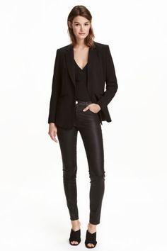 Pantalon stretch: Pantalon 5 poches en twill super extensible lavé. Modèle avec…