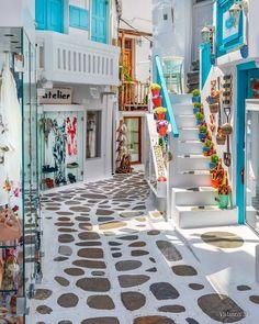 """2,293 """"Μου αρέσει!"""", 49 σχόλια - The Daily Traveller (@the_daily_traveller) στο Instagram: """"🌎 📍 Location: Mykonos, Cyclades Islands, Greece 📷 Photo: @minogiannisvalantis 🏷 Tag:…"""""""