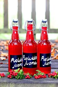 Pata porisee: Vaasan Jaakon puolukkajuoma Hot Sauce Bottles, Juice, Tea, Drinks, Smoothie, Food, Drinking, Beverages, Essen