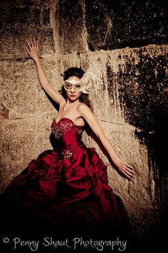 Masquerade Photo shoot.  Penny Shaut Photography Masquerade Party Themes, Masquerade Dresses, Masquerade Ball, Hi Fashion, Fashion Photo, Beautiful Mask, Photoshoot Inspiration, Photography Poses, Model