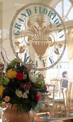 A hidden gem...review of breakfast at Grand Floridian Cafe!
