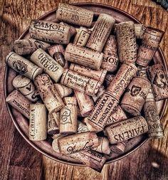#corks #cantina #sommelier  #winelover #wineenthusiast #italy #cellar #winelovers #love #photographer #wineporn #foodporn #wineblogger #blog #vino #italianwine #instavini #winelover #winetasting #personalsommelier #winekeller #amateurwein #wein #weinliebhaber #vino #vita #winecellar #cantina #madeinitaly  #Italianwine  #итальянскоевино  #意大利葡萄酒|ワイン