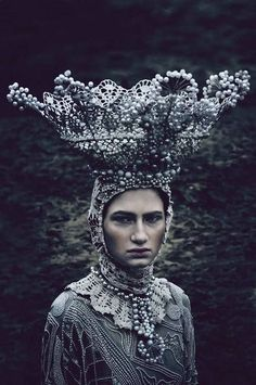 KYTICE costumes Agnieszka Osipa on Behance.