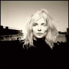 Debbie Harry. Photo : David Michael Kennedy. One of my FAVORITE Debbie shots.