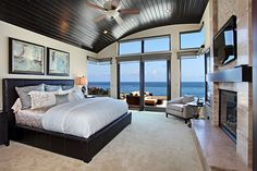 the view, the interior... everything is great, but look at the ceiling! neat!