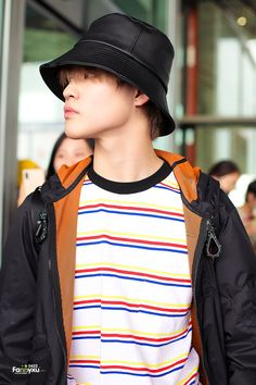 Love this outfit on him! Nct 127, Kpop, Ntc Dream, Nct Dream Members, Nct Chenle, Jeno Nct, Rich Kids, To My Future Husband, S Pic