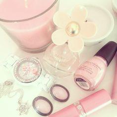 girly stuff♡