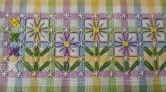 I sew love this!need to try it on my gingham fabrics, too! Chicken Scratch Patterns, Chicken Scratch Embroidery, Ribbon Embroidery, Cross Stitch Embroidery, Embroidery Patterns, Bordado Tipo Chicken Scratch, Sewing Crafts, Sewing Projects, Gingham Fabric