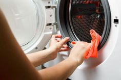 Nyálkás, vízköves a mosógéped? Így tisztítsd olcsó háziszerekkel - Ripost Tricks, Washing Machine, Home Appliances, Cleaning Washer Machine, Scary, Step By Step Instructions, Home And Garden, Remedies, Household