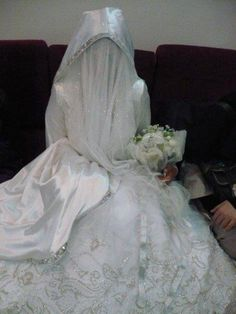 bride with niqab