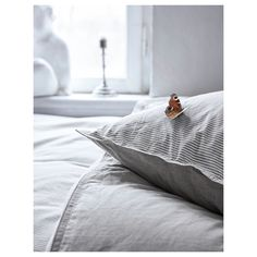 BLÅVINDA Duvet cover and pillowcase(s), gray, Full/Queen (Double/Queen). Cool, crisp quilt cover in a soft cotton weave with a high thread count. The sides have different patterns in soft color tones - chambray or stripes. Ikea Duvet Cover, Best Duvet Covers, Bedding Sets Online, Luxury Bedding Sets, Comforter Sets, Modern Bedding, King Comforter, Chambray, Ikea Bedroom