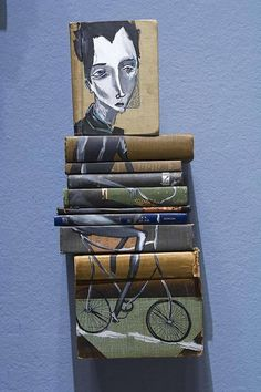 Very Cool Book Art! Want to create your own book art? Purchase old books from a Friends of the Library Book Sale. Sculptures, Amazing Paintings, Amazing Art, Art Projects, Painted Books, Illustration Art, Art, Book Art, Paper Art
