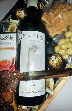"""Close up of the Miss Molly """"Kitchen Thief"""" Sauvignon Blanc Nouvelle"""